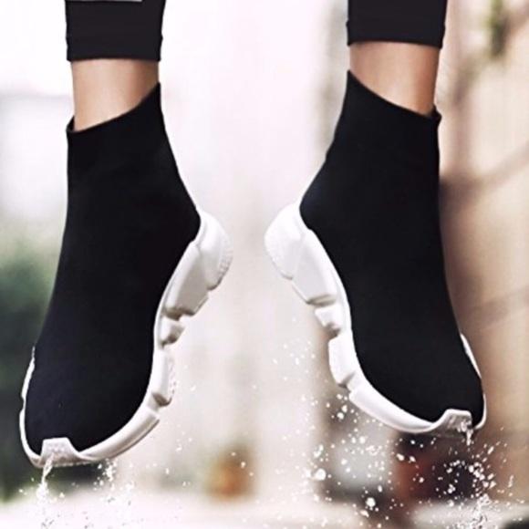 Womens Speed Trainer Flyknit Sock